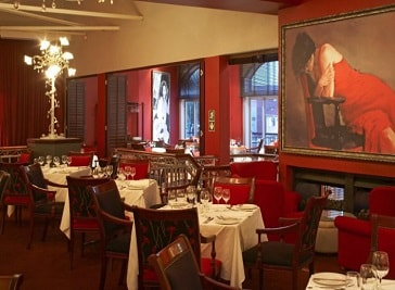 Pigalle Restaurant in Cape Town